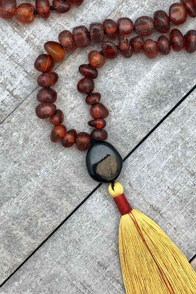 boho amber tassel knotted necklace guru closeup